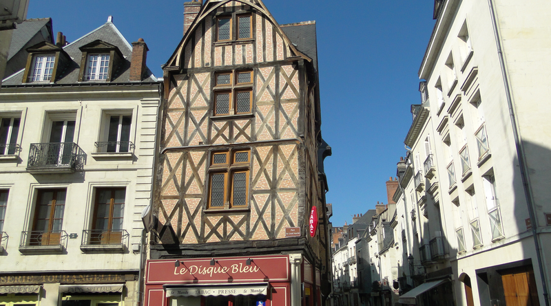 Tours Francia